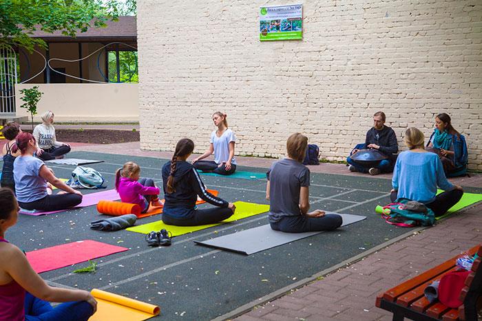 практика йоги
